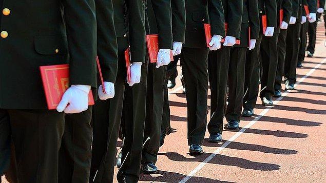 15 Temmuz darbe girişimin ardından ilan edilen OHAL kapsamındaki ilk KHK ile 934 okul, 15 üniversite, 109 öğrenci yurdu ve askeri okullar kapatıldı. Yine bu dönem Milli Savunma Üniversitesi kuruldu.
