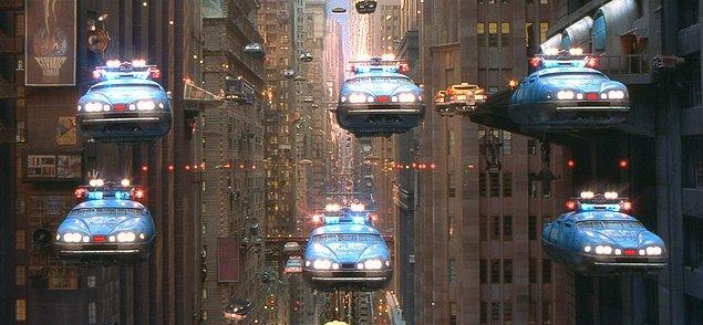 1. Uçan arabalar