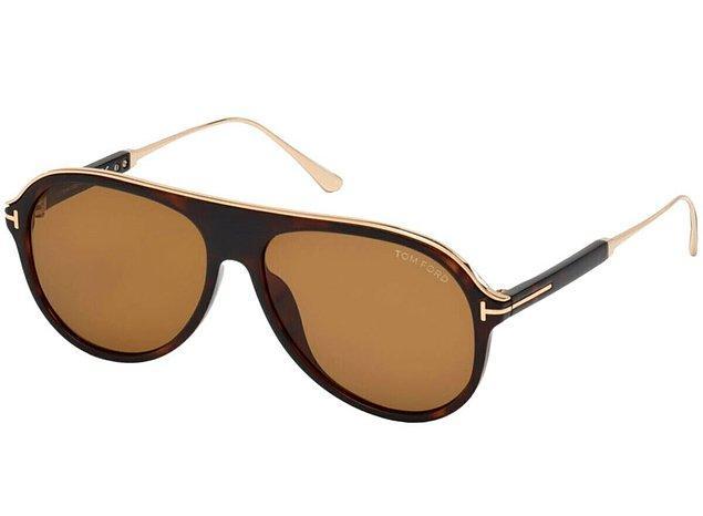 3. Yeterli bütçemiz olsa Tom Ford güneş gözlüğü güzel gözlük aslında...