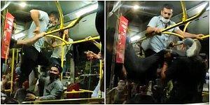 Otobüste Tekmelerin Havada Uçuştuğu 'Maske Takma' Kavgası Kamerada