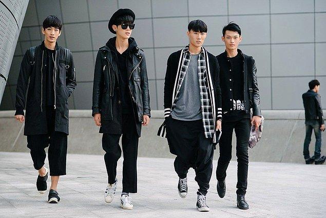 """14. """"Modaya bu kadar önem veren başka hiçbir ülke görmemiştim. Gözünüzü çevirdiğiniz her yerde düzgün giyimli ve yakışıklı Koreli erkekleri görebilirsiniz."""""""