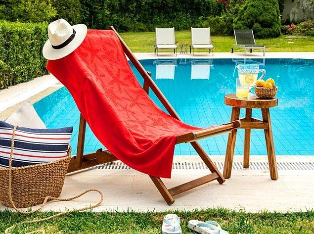 7. Tatil için birkaç plaj havlunuz olsun.