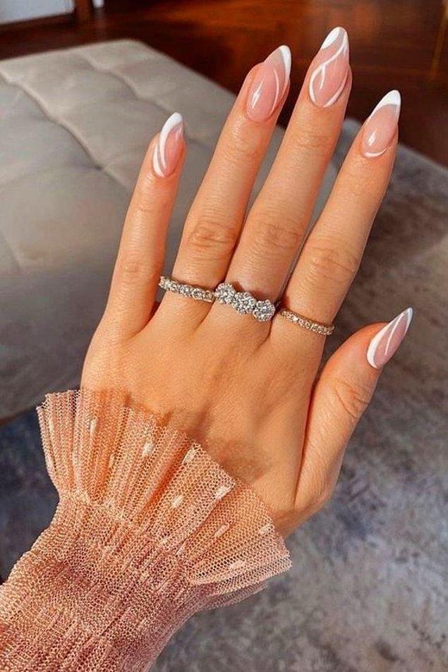 2. Dumanlı nail art modelleri ile sade ama etkileyici tırnaklara sahip olabilirsiniz.
