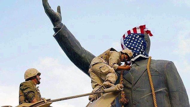 Taliban'ın sonunun geldiğini iddia eden Bush Irak'ı işgal etmek istemektedir. İlginin Irak'a kayması Taliban rejimini güçlendirirken ABD Afganistan'a asker konuşlandırmaya devam eder.