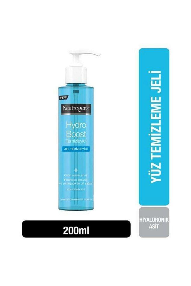 9. Neutrogena yüz temizleme jeli, hyalüronik asit içeriğiyle, cildinizi temizlerken aynı zamanda da nemlendirir.