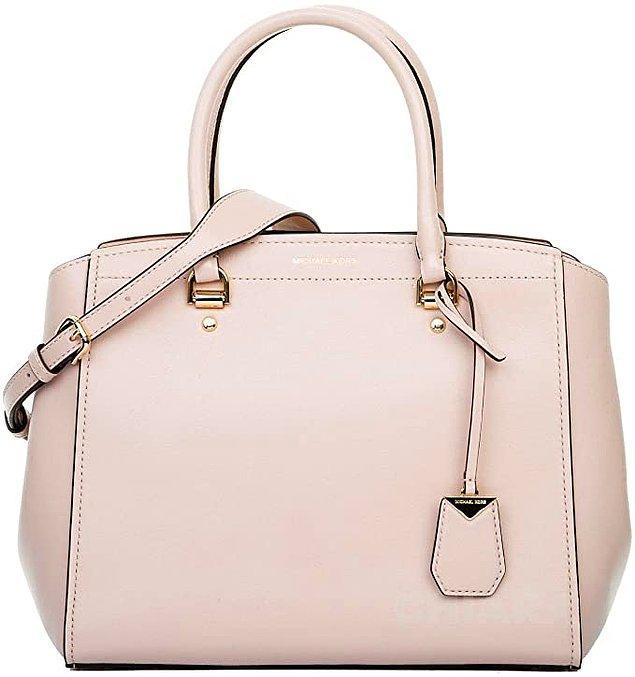 15. Tek bir çanta alınacaksa Michael Kors'un klasik modellerinden biri tercih edilebilir.