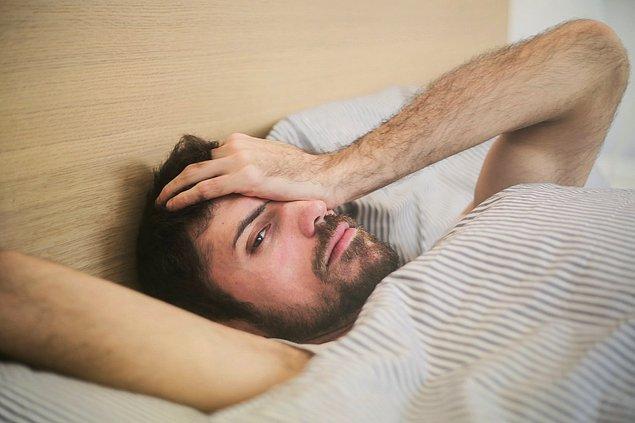 Başınızın sol tarafının ağrımasına yol açan nedenler ve baş ağrısı tipleri bu şekilde.