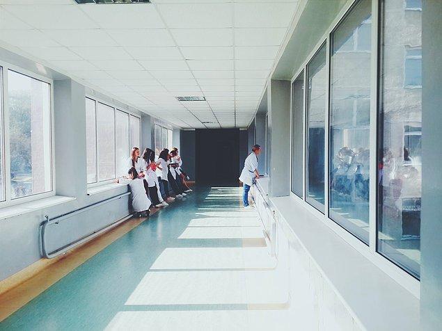 """""""Ayrıca komadaki insanlar birçok enfeksiyon da yaşayabilir."""""""