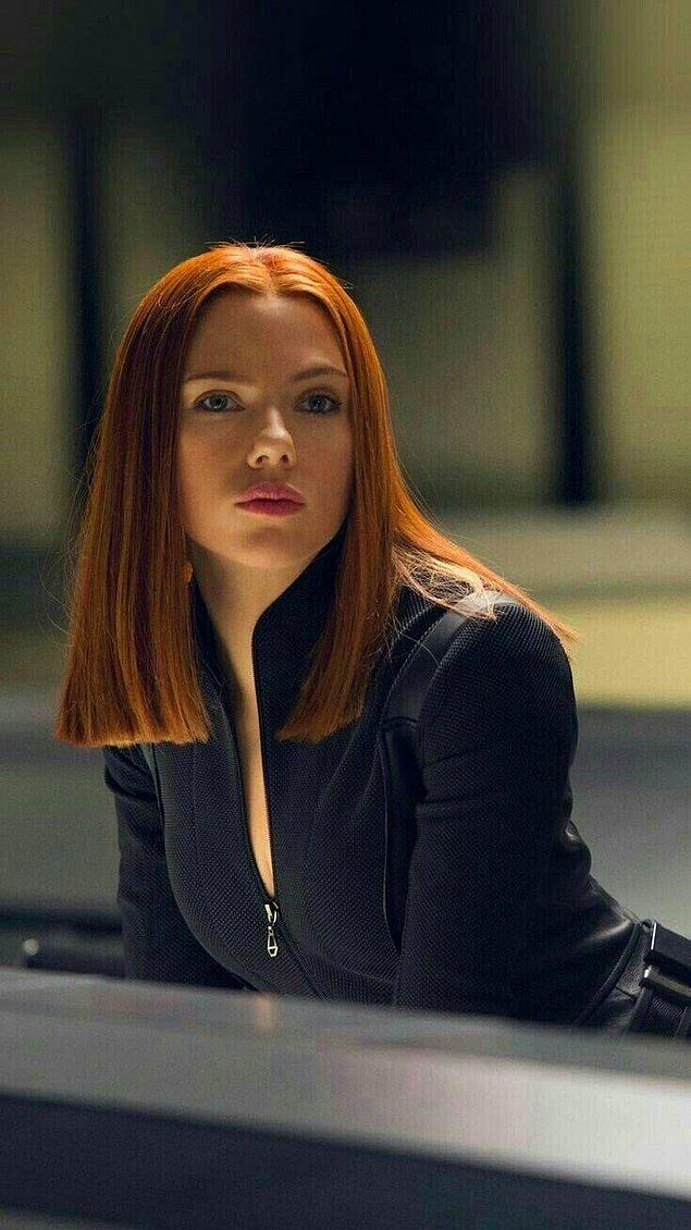 1. Scarlett Johansson, Black Widow'un gösterime girdiği gün Disney+'ta da yayınlanması nedeniyle Disney'e dava açtı.