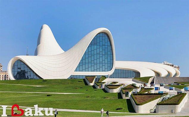 19. Haydar Aliyev Kültür Merkezi, Azerbaycan