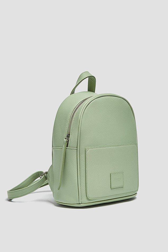 7. Şirin mi şirin bir sırt çantası için;