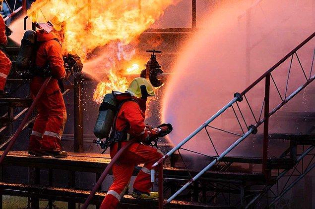 Yerinde ve zamanında yangına müdahale eden dronlar sayesinde yangınların bu kadar yayılması önlenmiş olur muydu sizce?