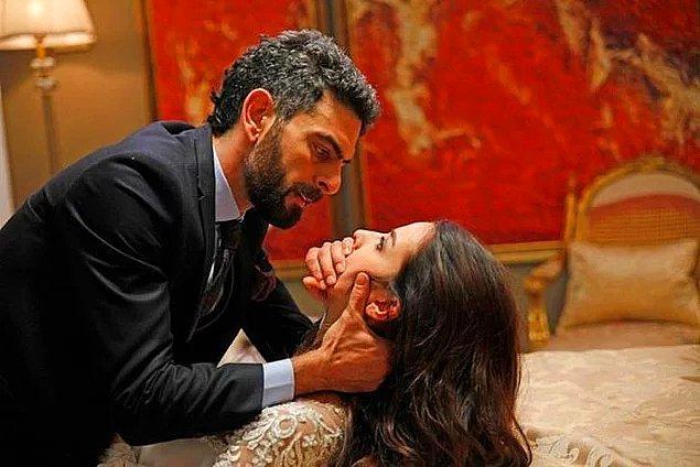 Türk dizilerinde sonradan atfedilen geleneksel cinsiyet rollerinin etkisi oldukça büyük, kadınlar ve erkekler tamamen ayrı iki türmüş gibi lanse ediliyor.