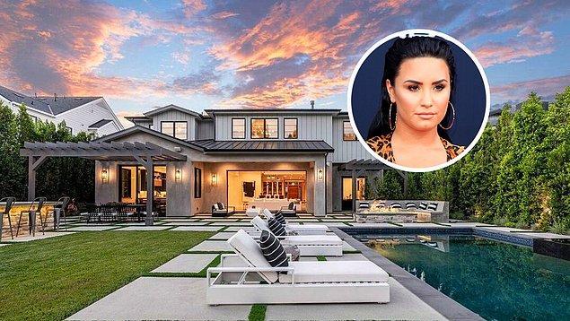 6. Demi Lovato