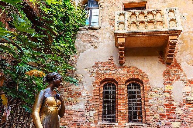8. Shakespeare'in 38 oyunundan 13'ünün İtalya'da geçtiğini biliyor muydun?