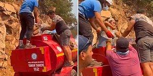 Yangın Söndürme Çalışmalarında Kullanılan Tankerin Biten Suyu İçin Tankere Bidonlarla Su Dolduran Vatandaşlar