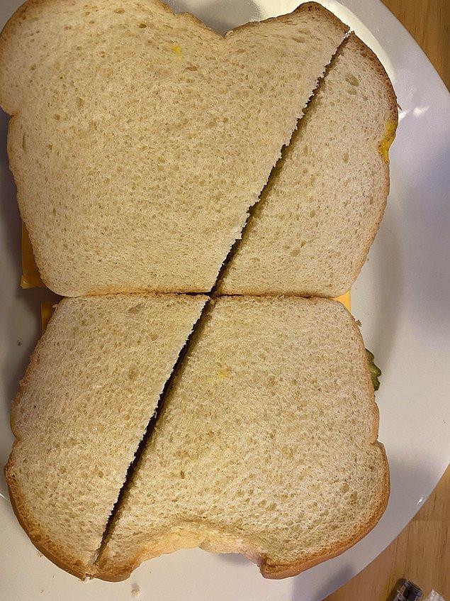 """1. """"Erkek arkadaşımın enteresan sandviç kesme yöntemi sizi de eğlendirir diye düşündüm:"""""""