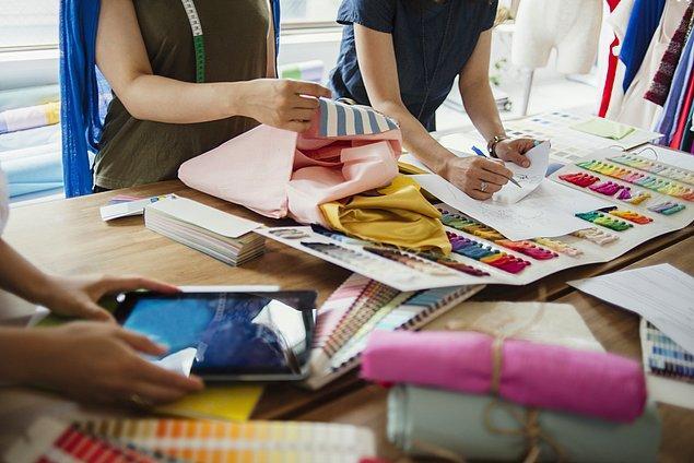 8. Ülkemizde tekstil ve hazır giyim sektörlerinde kaç kişi istihdam ediliyor?