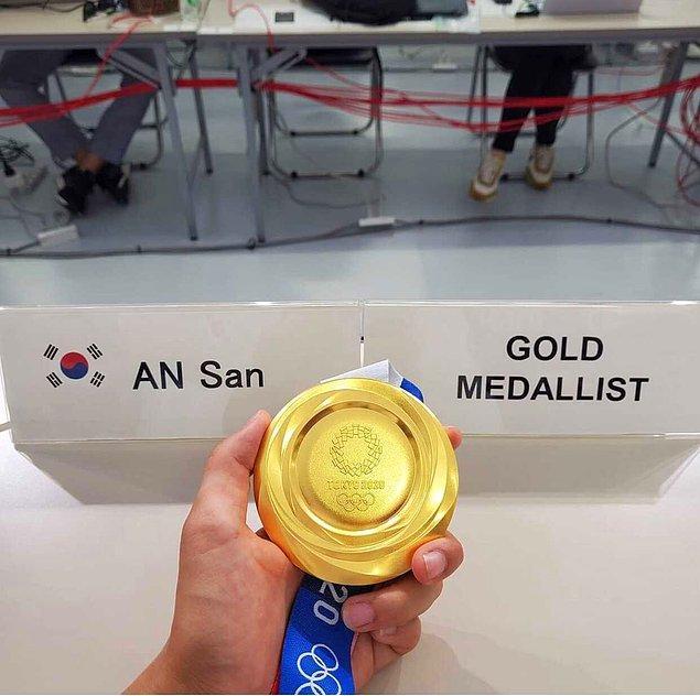 Üstelik An San'ın özür dilemesini isteyerek madalyalarını da geri vermesini talep ettiler!