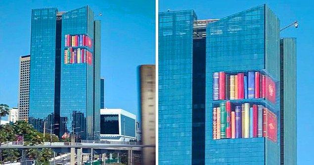 3. Bir kitaplık gibi görünecek şekilde dizayn edilmiş bu bina.
