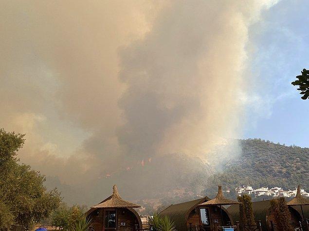 10:34 'Milas'ta yangın kritik eşiği aştı, sinirimden ağlayacağım'