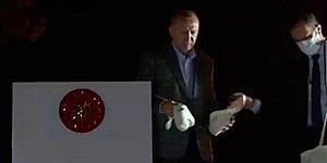 Mehmet Metiner: 'Reis'e Otobüsün Üstünden Çay Paketleri Attırmak da Neyin Nesidir, Hangi Akla Hizmettir'