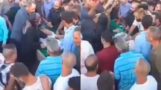 """Sosyal medyada yayınlanan görüntülerde, bir kadının ağlayarak """"cesede"""" dokunduğu, açık tabutun etrafında toplanan kalabalığın ise yas tuttuğu görülüyor."""