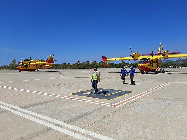 13:52 İspanya'nın gönderdiği 2 yangın söndürme uçağı Dalaman'a vardı.