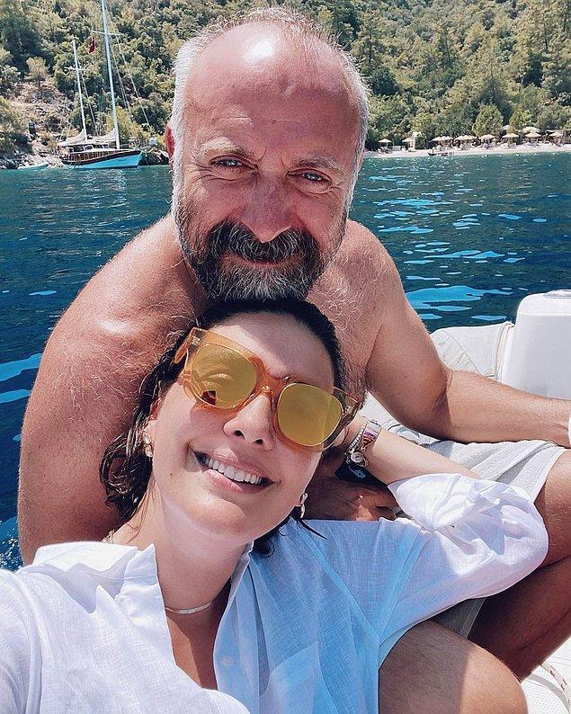 Bu iddialar sürerken hem Halit Ergenç'in evliliği hem de Bergüzar Korel'in ilişkisi sonlanmış ve iki isim rol gereği yaşadıkları büyük aşkı gerçek hayatlarına da taşımış.