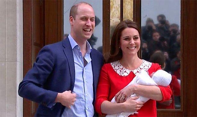 13. Kraliyet ailesine yeni bir varis doğduğunda bu haber Buckingham Sarayı'nda yayınlanan tebliğ ile halka bildirilirdi. Son zamanlarda ise kraliyet ailesi haberleri duyurmak için sosyal medya kullanmayı tercih ediyor.