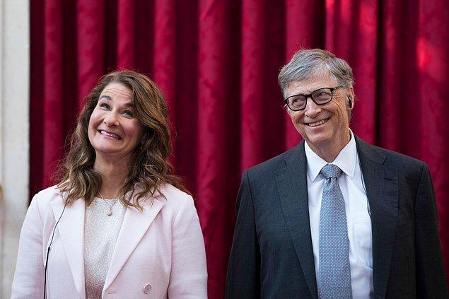 """Bloomberg'in Milyarderler Endeksi'ne göre, Bill Gates şu anda 151 milyar dolar değeri ile dünyanın en zengin dördüncü adamı olarak biliniyor. Boşanmayı kesinleştiren hakim, sadece sözleşmenin """"adil ve hakkaniyetli"""" olduğunu söyledi."""