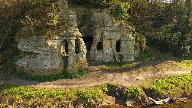 Bölgede yürütülen yeni araştırma, mağaraların hiç de yapay olmadığını ortaya koydu.