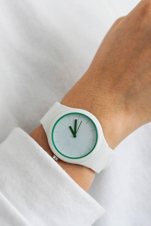 4. Spor aksesuarlardan vazgeçemeyenler için en uygun kadın saat modelini bulduk!