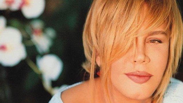 İki yıldır Eurovision'a katılmaya çalışan Aksu, vazgeçmedi ve 1985'te tekrar elemelere katıldı.