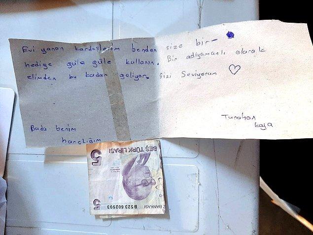 Sözen, Türkiye'nin birçok yerinden acılarını paylaşan çocuklardan gelen mektupları gösterdi.
