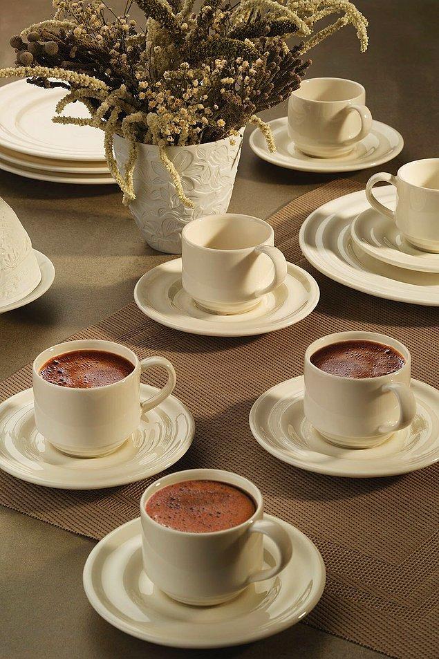 10. Türk kahvesi içmeyi sevenlerin alması gereken bir kahve takımı.