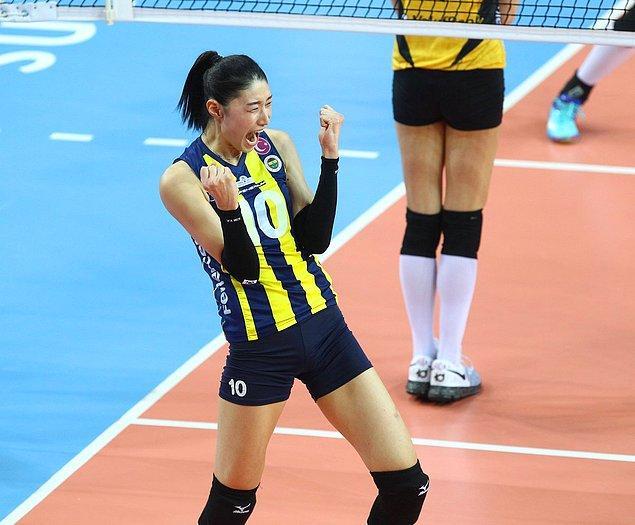 Yıllar boyunca ülkemizde Fenerbahçe ve Eczacıbaşı voleybol takımlarında oynayan ünlü oyuncu Kim Yeon-keong adına bir kampanya başlatarak fidan bağışı topladılar!