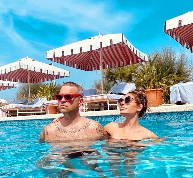 8. Robbie Williams ve eşi Ayda Field Williams Bodrum'da yaptıkları tatilden paylaşım yaptı!