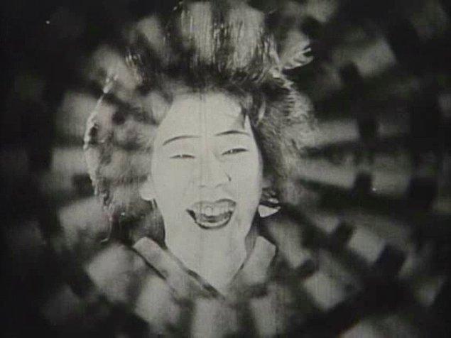 1928: Crossroads – Teinosuke Kinugasa