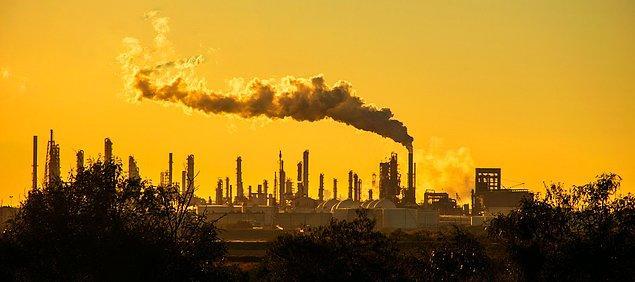 AB, 2030'a dek emisyonları yarı yarıya azaltmayı ve karbon nötr olma hedefi koydu.