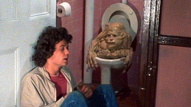 190. Basket Case (1982)