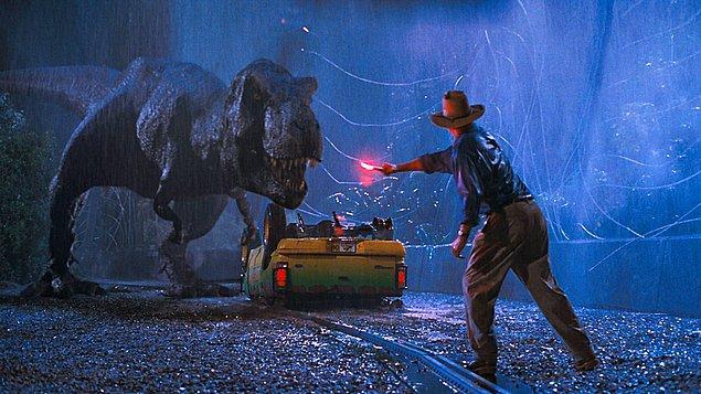 39. Jurassic Park (1993)