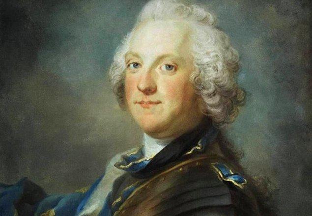4. İsveç Kralı Adolf Frederick ise her zaman yemeğe olan düşkünlüğüyle bilinen bir kral olmuştur. 1771'de bir gün onlarca insanı doyurabilecek bir masayı tek başına yemeye koyulmuştur.
