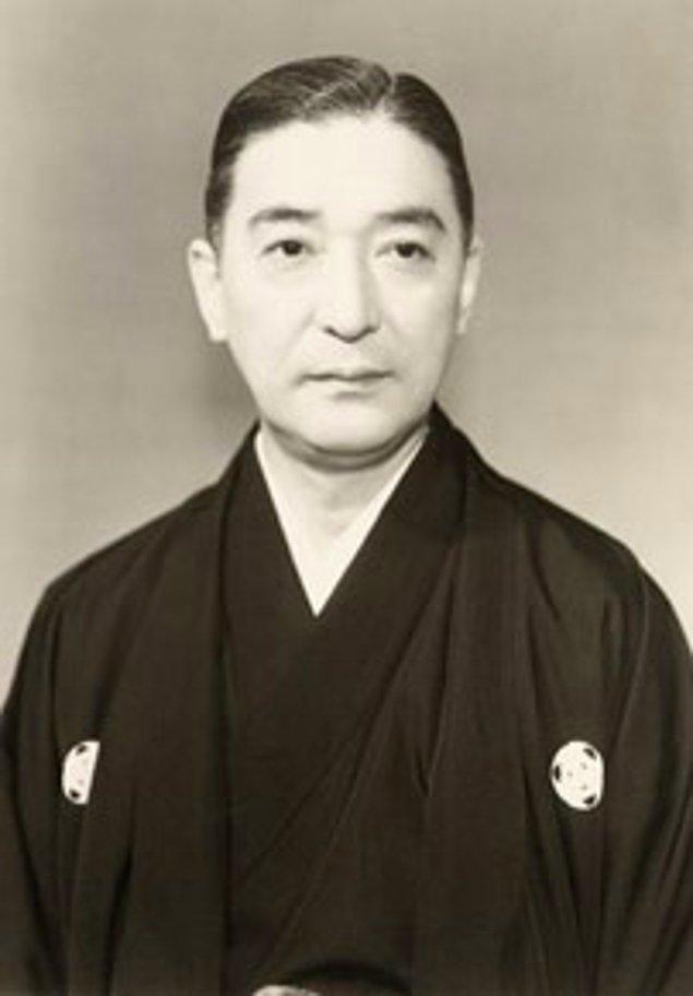 7. Japonya'nın 'Ulusal Hazinesi' olarak adlandırılan maskeli tiyatro oyuncusu Bando Mitsugoro VIII, çok sevdiği fugu balığı yüzünden hayatını kaybetmiştir.