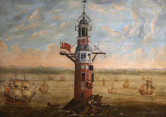 10. Henry Hall isimli bekçinin çalıştığı Eddystone Deniz Feneri'nin kulesi 1755 yılında alev almıştır. Yanan kuleye bakan adamın yüzüne damlayan erimiş kurşunların bir kısmı boğazına kaçmış.