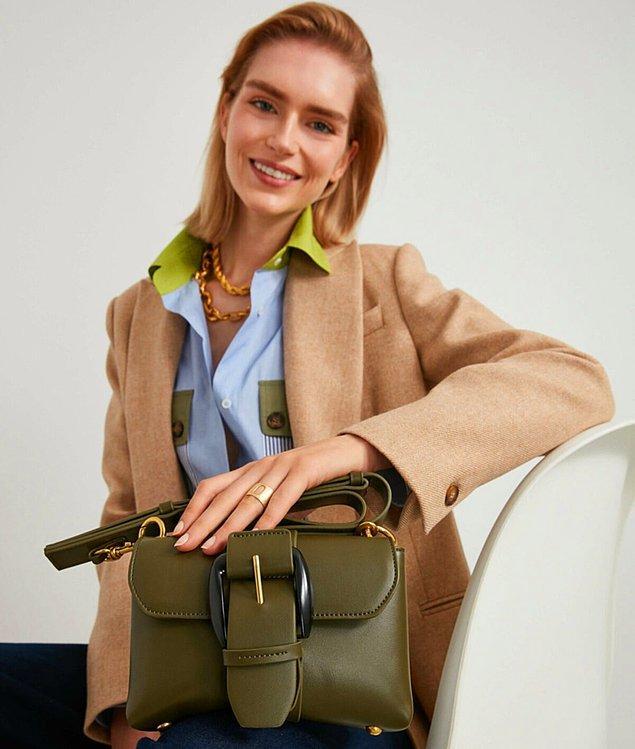 12. Uzun ömürlü, şık ve kullanışlı bir aksesuar için İpekyol çanta modellerine göz atabilirsiniz.  ⬇