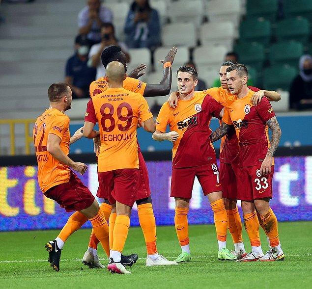 Mücadele, Galatasaray'ın 2-0'lık üstünlüğüyle noktalandı.