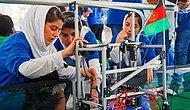 Afganistan'dan Kaçmak İçin Yardım İstemişlerdi: Tamamı Kız Çocuklardan Oluşan Robotik Takımı Kayıp...