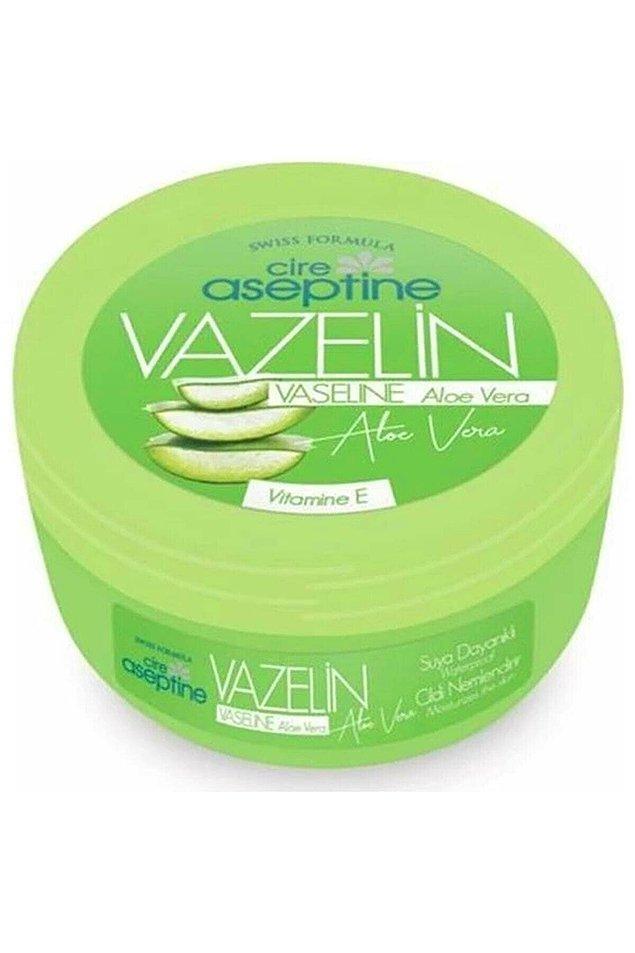 17. Bu da geleneksel Cire Aseptine'in modern versiyonu. Cire Aseptin vazelin, aloe vera içeriği ile cildinize yoğun nem verirken, aynı zamanda cildinizi de dış etkenlere karşı korur.