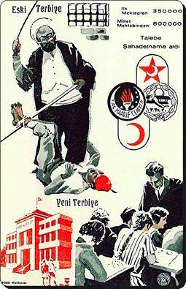 """1928'de ise Türk anayasasında artık """"devletin dini"""" yoktur. 1930 ve 1934'te kadın hakları ile yasal düzenlemeler yapılır."""